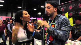 Funny Asa Akira Interview: How To Get A Blow Job @ Exxxotica NJ