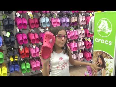 Comprando sandalhas crocs