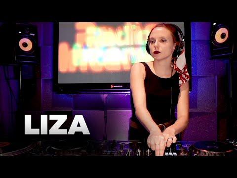 Liza - Live @ Radio Intense Barcelona 6.11.2019 // Melodic Techno, Progressive Mix