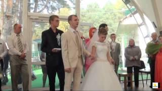 Пинск Новый храм пресвятых Петра и Февронии.  Обряд венчания молодожёнов.