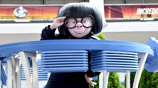 Edna Mode Interacts with Guests from SuperMobile at Walt Disney World, Incredible Summer