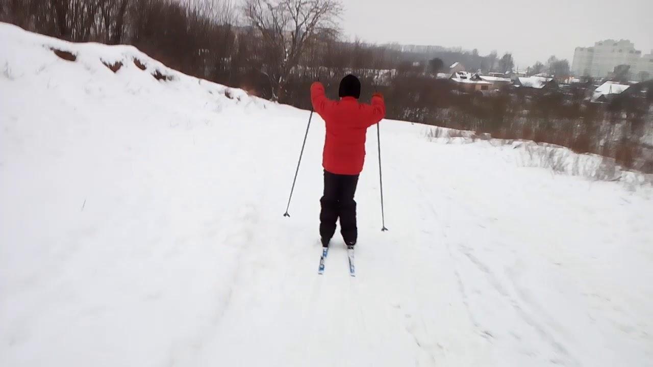 Тестируют лыжи Nordway 170 см классика. Съехал с горы.