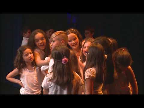 Coro infantil e juvenil de Santiago e São Simão de Litém e Albergaria dos Doze