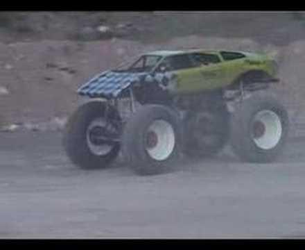 Swedish MonsterTruck race