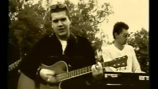Download Високосный год - Лучшая песня о любви (видеоклип 1998 года) Mp3 and Videos