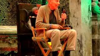 Herschell Gordon Lewis Sings the Theme from 2000 MANIACS!!