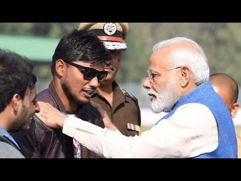 Narendra Modi meets & praises Abhay Kumar Sharma