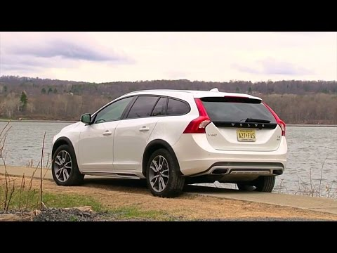 2015.5 Volvo V60 Cross Country - TestDriveNow.com Review by Auto Critic Steve Hammes - TestDriveNow - 동영상