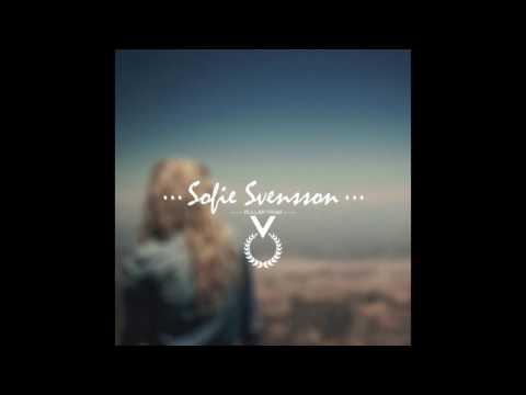 Sofie Svensson - Rullar fram (Akustisk)