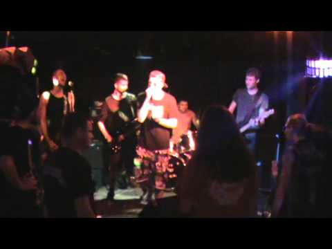 the creepz - i don't care live at club voltaire
