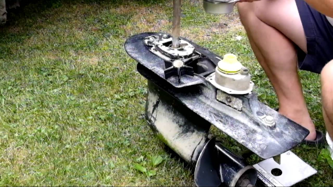 medium resolution of replace water pump on mercury outboard