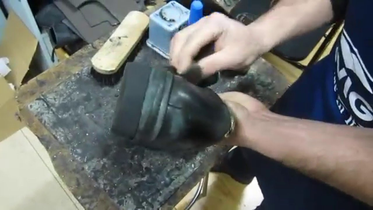 Farr sabaters cambio de suelas y pintura youtube - Limpiar un sofa ...