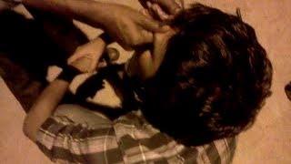 Cheap Relaxing Head Massage at Juhu beach Mumbai, India