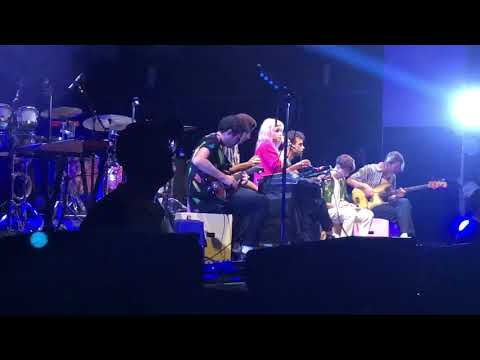 Paramore - Misguided Ghosts (St. Augustine Amphitheatre)