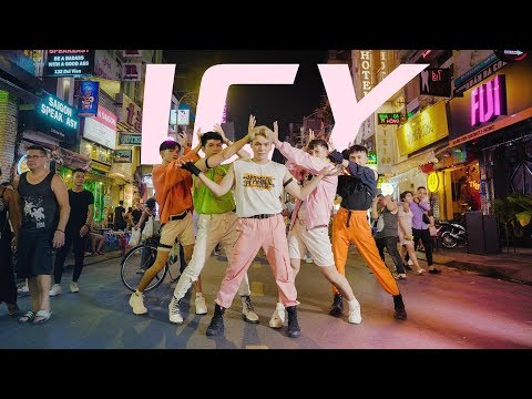 [KPOP IN PUBLIC]  ITZY (있지) - ICY (아이씨) | Dance cover by CiME from Vietnam
