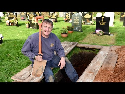 Britain's Grave Digger Of The Year Finds Job Comforting