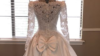 Video Beaded 80's Long Train Wedding Dress 😱😱 What did I buy?! download MP3, 3GP, MP4, WEBM, AVI, FLV Agustus 2018