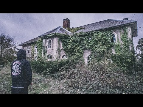 UNTOUCHED ABANDONED MANSION WITH EVERYTHING LEFT INSIDE