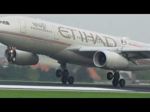 Landing Etihad Airways Airbus A330-200 @Brussels Airport 25L