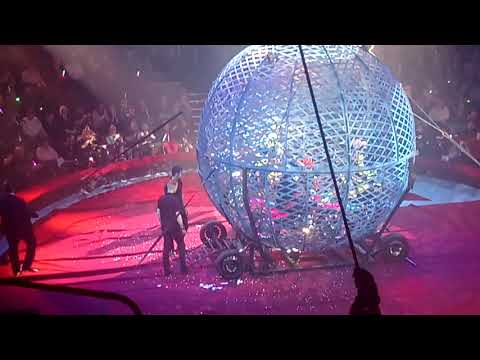 Hippodrome Circus  Globe of Death 5 Motor Cycles  Great Yarmouth 2017