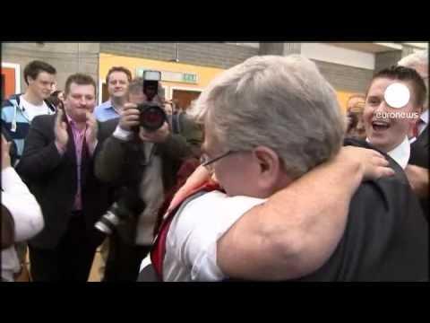 Irish parties in coalition deal