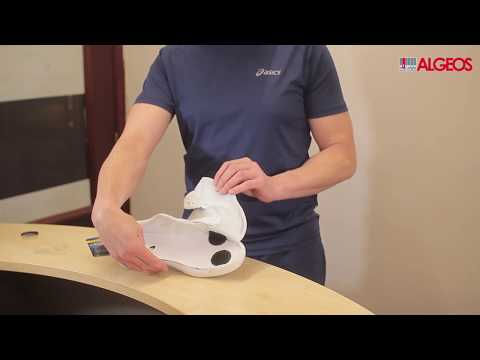 Blister Prevention - How to apply blister prevention pads | PelliTec®