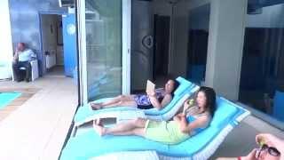 Nemo Hotel 5* Odessa. Bể bơi tầng 1.
