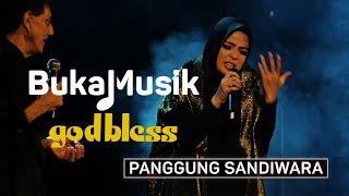 God Bless feat. Tantri - Panggung Sandiwara | BukaMusik