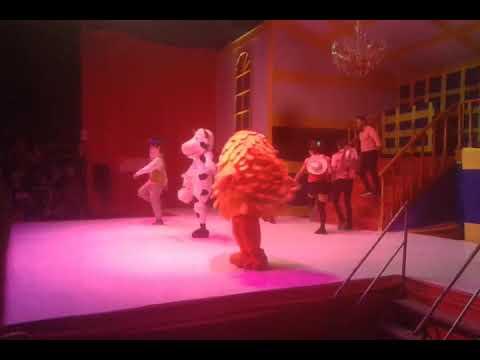 La Vaca Lola/circo ( CASTILLO CIRCUS)