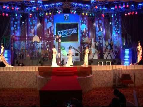Fashion Show Malam Final Pemilihan Abang None Jakarta Utara 2010