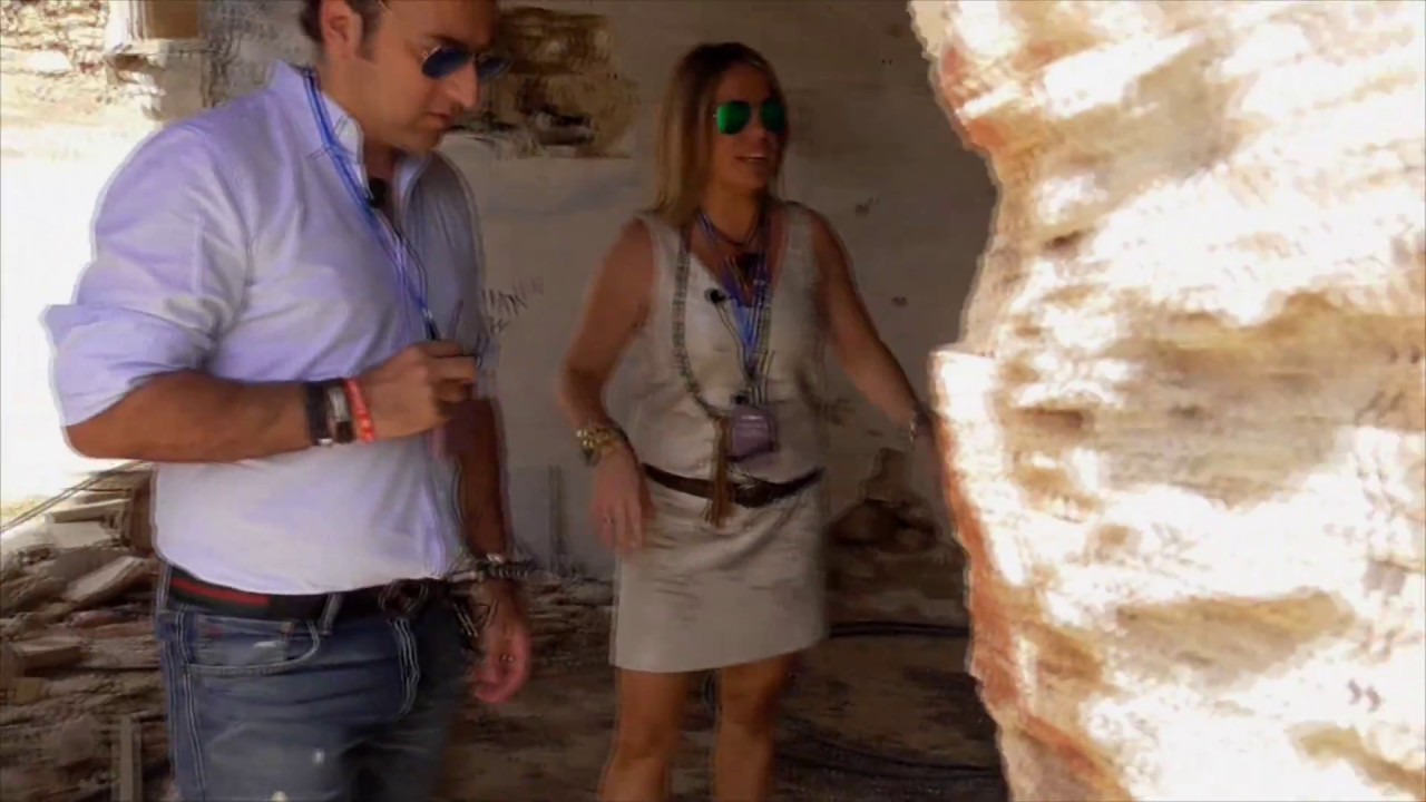 Cuarto Milenio | Iker Jiménez y Carmen Porter enseñan los extraños ...