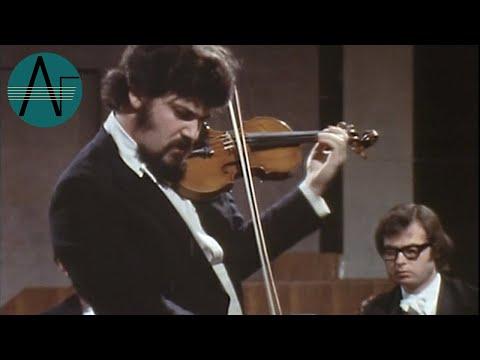 Pinchas Zukerman: Mozart - Violin Concerto No. 4 in D, K218