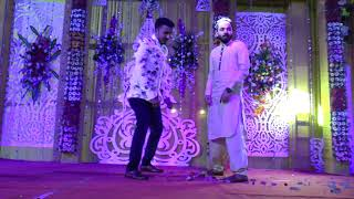 BROTHERS DANCING ON TATTAD TATTAD ND MALHARI FOR THEIR BROTHER'S WEDDING