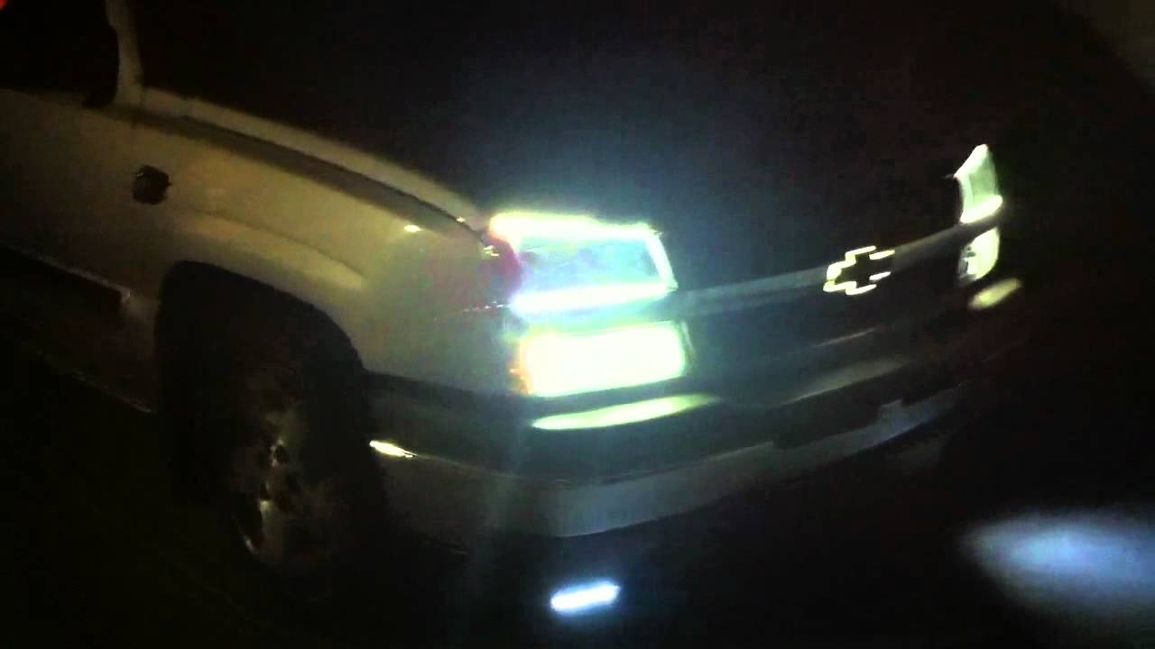 Led Head Lights Glowing Chevy Logo2005 Chevy Silverado