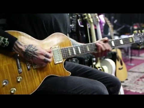 Supro Black Magick amp demo by Guns and Roses guitarist Richard Fortus during 2016 Tour rehearsal