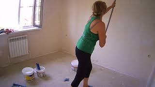 видео Акриловая краска для стен