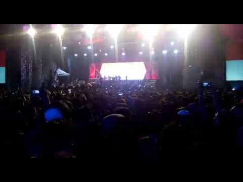 Iwan Fals - INDONESIA RAYA live At SURABAYA