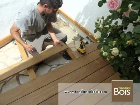 pose de terrasse sur plots pvc avec lambourdes youtube. Black Bedroom Furniture Sets. Home Design Ideas