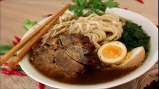 Japanische Ramen Suppe Yakibuta / Japanese Ramen soup with Roasted Pork