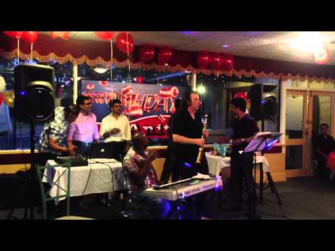 Mudhan Mudhalil Paarthen Song Intro