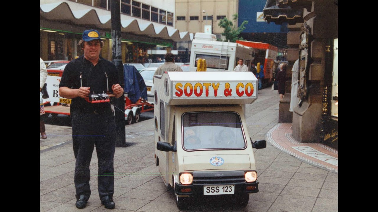 Camper Van For Sale >> Construction of Sooty's Campervan - YouTube