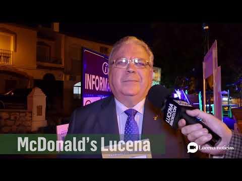 """VÍDEO: Antonio Rivas presenta su nuevo poemario """"Calle Maestro Luis Rivas"""""""