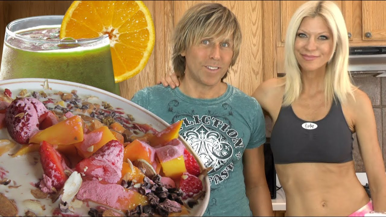 Super healthy fast raw food breakfast with markus rothkranz cara super healthy fast raw food breakfast with markus rothkranz cara brotman youtube forumfinder Gallery