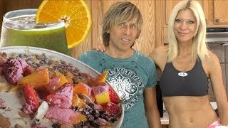Cara and Markus Super Healthy Fast Raw Food Breakfast