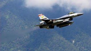 挑戰新聞軍事精華版--退役空軍飛官爆,1999年我國空軍「F-16」曾與美軍「F-18」東部空域正面遭遇
