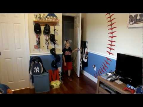 Round321 | Baseball decal installation - Baseball Theme Bedroom Decor<a href='/yt-w/ZY4DGvQ1ktU/round321-baseball-decal-installation-baseball-theme-bedroom-decor.html' target='_blank' title='Play' onclick='reloadPage();'>   <span class='button' style='color: #fff'> Watch Video</a></span>