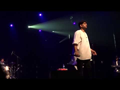 Ennodu Nee Irundhaal - A SPECTACULAR PERFORMANCE BY SID -Sid Sriram Live in Singapore