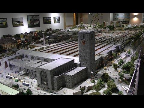 """""""Sensation"""" Stellwerk S zeigt Modellbahn mit Stuttgart Hauptbahnhof und Umgebung in Spur-N"""