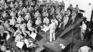 DREAM HOUR: HIGLEY & KELLEY Home on the Range - The President's Own U.S. Marine Band