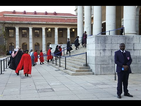 Faculty of Law graduation ceremony - 7th April at 18:00